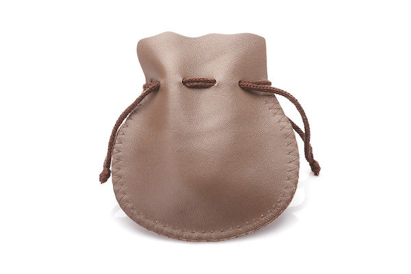 PEAR_LEATHER_POUCHE_BROWN